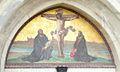 Schlosskirche Wittenberg Luther und Melanchthon knien beim Kreuz.jpg