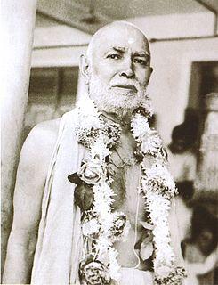 Hindu saint from Swaminarayan sect
