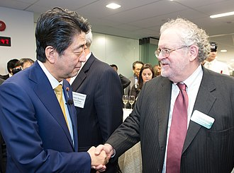 Walter Russell Mead - Mead with Shinzō Abe, Prime Minister of Japan, 2016