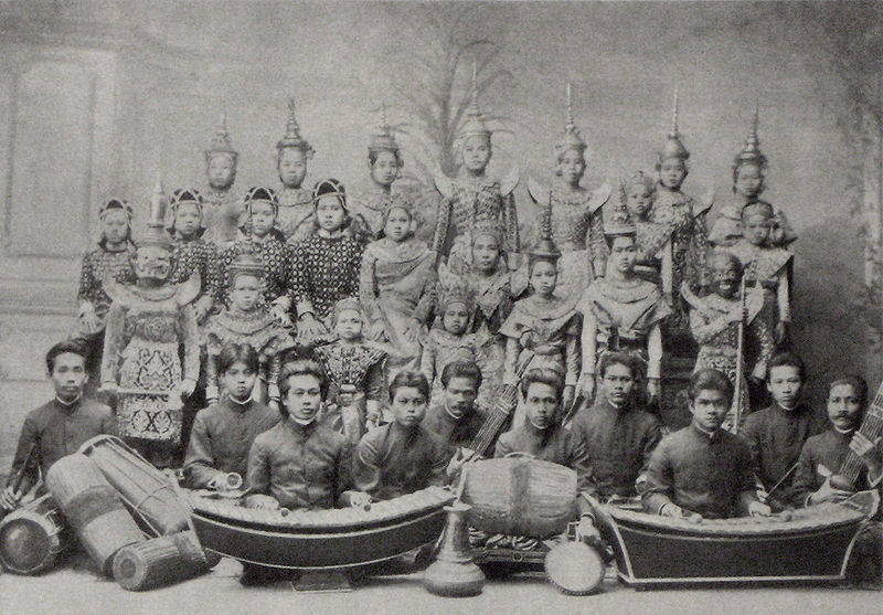 Tập tin:Siamese theater group around 1900.jpg