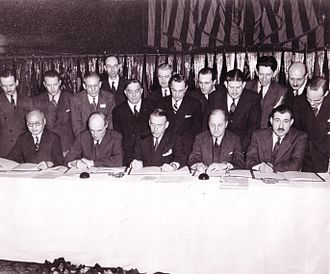 Chicago Convention on International Civil Aviation - Signature of the Chicago Convention