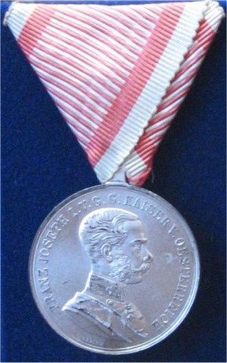 Medal for Bravery (Austria-Hungary) - Image: Silberne Tapferkeitsmedaille gross 1866 1917