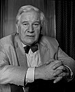 Sir Peter Ustinov 44 Allan Warren.jpg