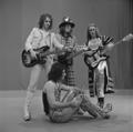 Slade - TopPop 1973 17.png