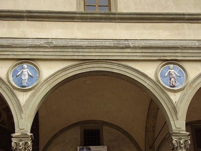 Оспедале дельи Инноченти. Деталь, Флоренция.