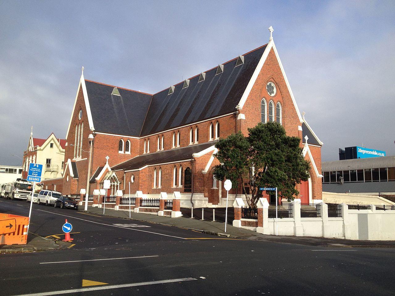 St Benedict Church Suamico    Car Show