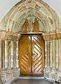 Stary Zamek, kościół, portal.jpg