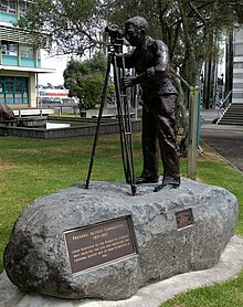 photo of the statue of Frederic Carrington, at Robe Street Lawn, New Plymouth