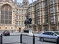 Statue of Richard I Cœur de Lion outside Parliament - geograph.org.uk - 911845.jpg