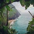 Step into paradise (15329507697).jpg