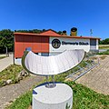 Sternwarte Bülach mit Sonnenuhr.jpg