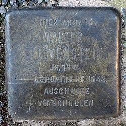 Photo of Walter Löwenstein brass plaque