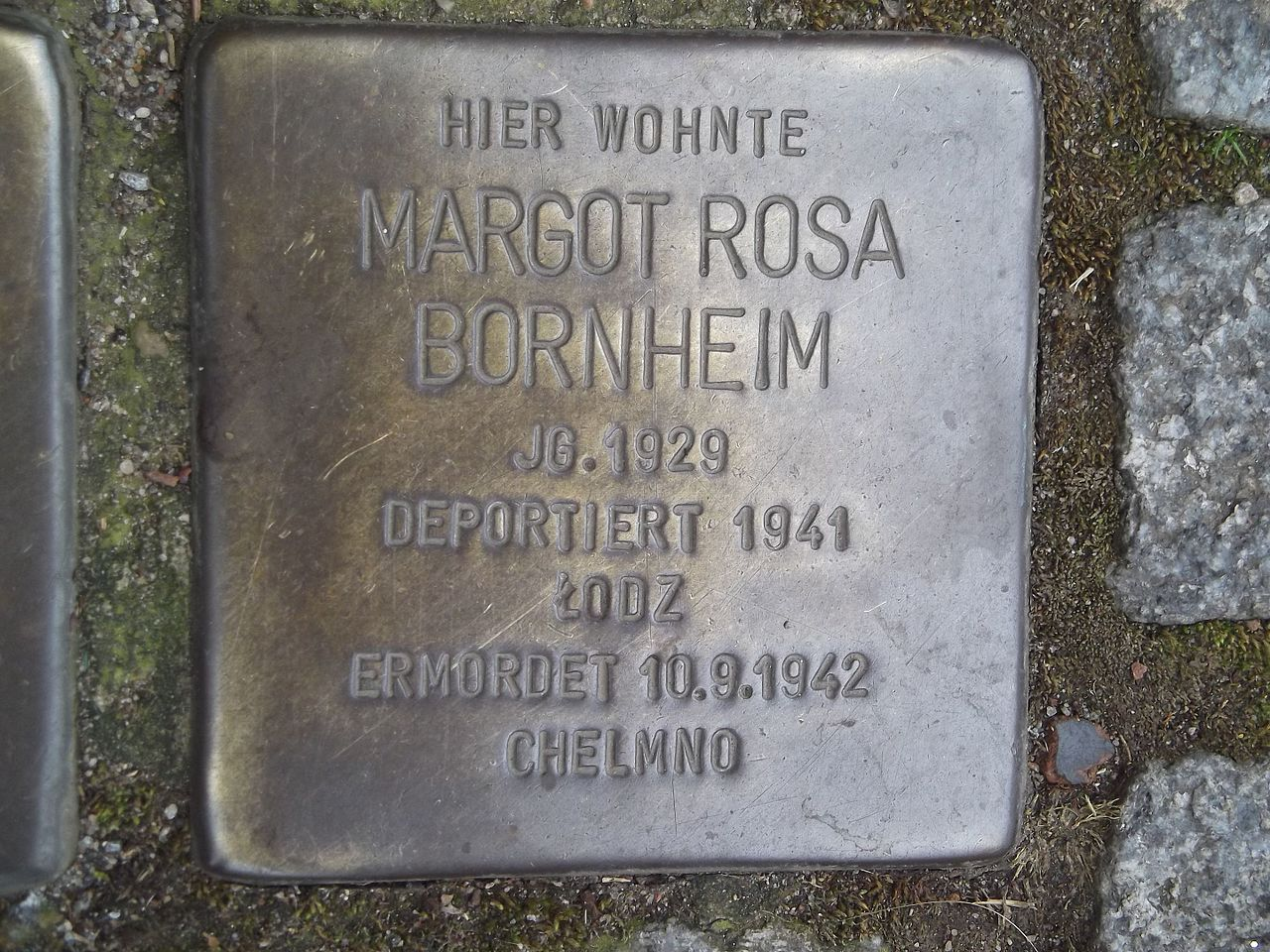 Stolperstein Düsseldorf 5 Kaiserswerth Kaiserswerther Markt 8 Margot Rosa Bornheim.jpg