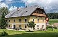 Strassburg Sankt Peter ob Gurk 2 Bauernhaus Familie Lassernig S-Ansicht 19072017 0239.jpg