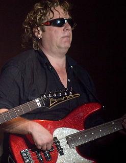 Fender Urge Bass