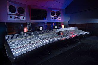 17 Hertz Studio - Studio A Control Room