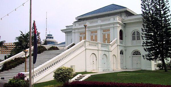 The Istana Besar (Grand Palace), completed in 1866 under Abu Bakar of Johor's rule, serves as the seat and residence of the Johor Sultanate. SultanPalastJB.jpg