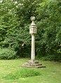 Sundial, Ossington churchyard (Geograph 4103676).jpg