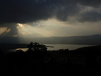 Tominé Reservoir - Sunrays over Tominé Reservoir seen from Guatavita