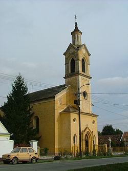 Szakony katolikus templom.jpg