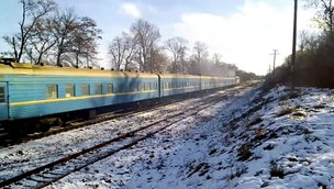 Файл:TEP70-0145 with passenger train.webm