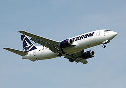 Tarom b737-300 yr-bge landing london heathrow arp.jpg
