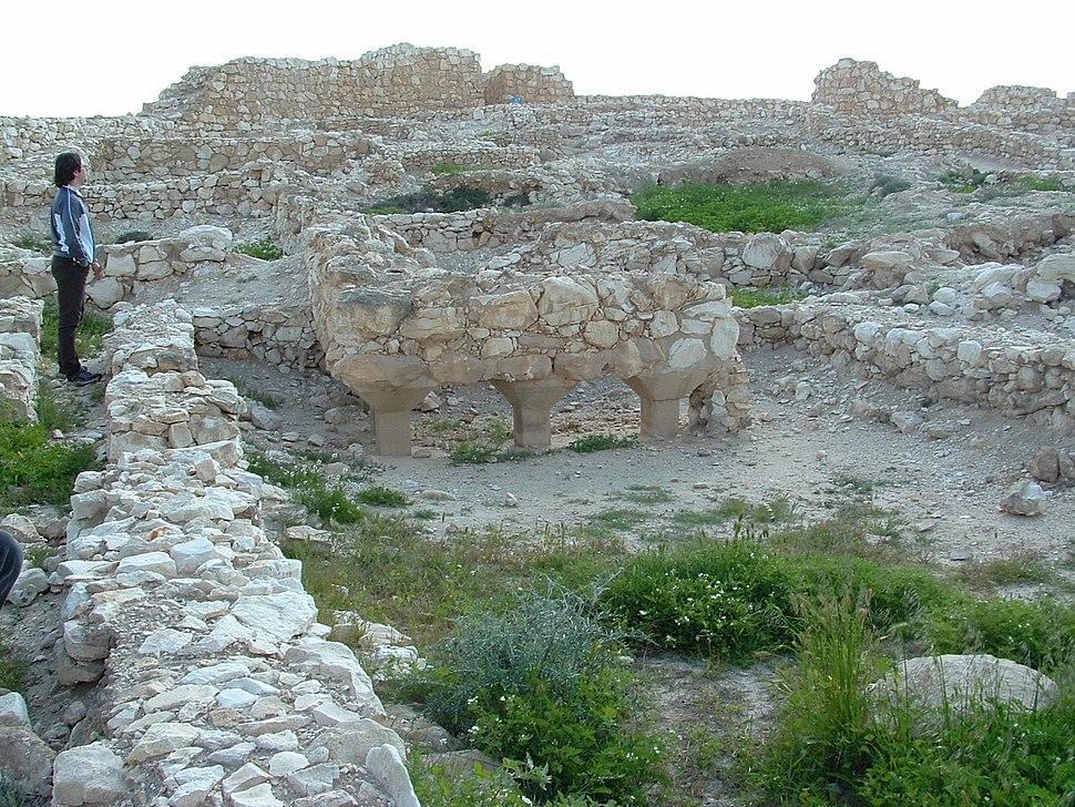 Tel Arad - Building
