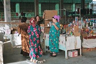Termez - Stallholders in Termez Market