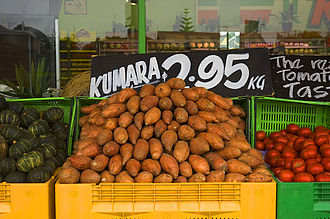 "Pre-Columbian trans-oceanic contact theories - Sweet potatoes for sale, Thames, New Zealand. The name ""kumara"" has entered New Zealand English from Māori, and is in wide use."