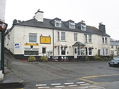 The Cornish Inn, Gunnislake - geograph.org.uk - 1383076.jpg