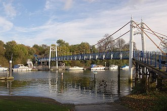 Teddington - Image: The bridge at Teddington Lock geograph.org.uk 1021556