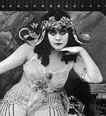 Theda-bara-cleopatra detail.jpg