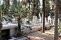 Thessaloniki Cemetery 06.jpg