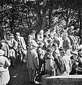 Toeschouwers bij de Highland Games, een negentiende eeuwse voortzetting van trad, Bestanddeelnr 254-2841.jpg