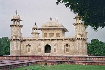 Mausoleo de Itimad-Ud-Daulah.
