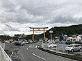 Torii on sando of Ogimori Inari Shrine.jpg