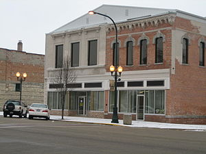 Commercial buildings in Sycamore Historic District - 156. W. State St., left; Townsend Building, right.
