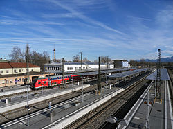 Trainstation Rosenheim 4.jpg
