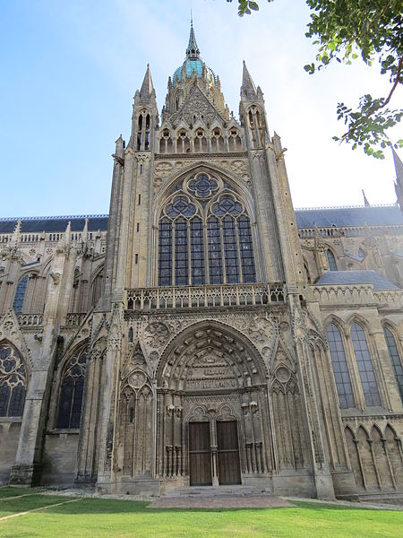 Bon Jeudi 450px-Transept_sud_cath%C3%A9drale_Bayeux