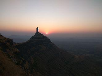 Mangi-Tungi - Sunrise above Tungi Peak