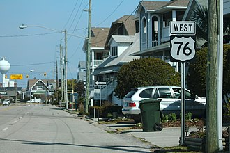 U.S. Route 76 - A westbound sign for U.S. Route 76 located in Wrightsville Beach.