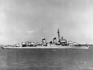 USS Porter (DD-800) - Image: USS Porter (DD 800) in port, circa in 1952 (NH 107117)