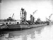 USS Shaw (DD-373) with temporary bow