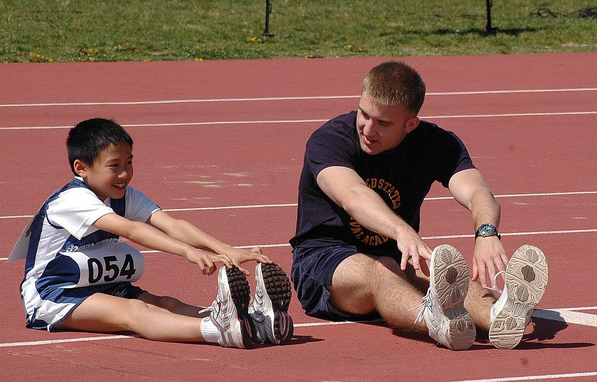Stretch A Running Shoe