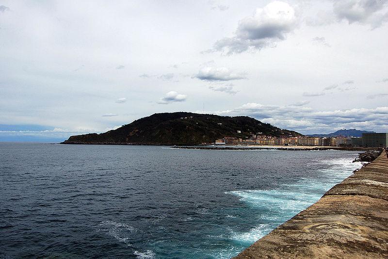 File:Ulia coast Donosti San Sebastian.jpg
