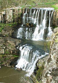 Upper ebor falls small.jpg
