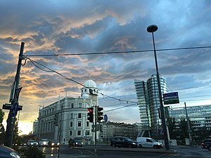 Urania, Vienna - Urania at sunset