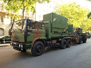 6th Engineer Regiment (France) - Truck Renault and bulldozer of the 6th Engineer Regiment in 2010.