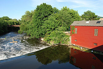 Valley Falls Company - Valley Falls Dam, Central Falls gate house