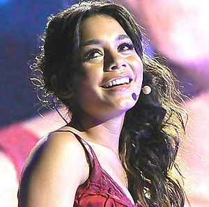 "V (Vanessa Hudgens album) - Hudgens during ""High School Musical: The Concert"""